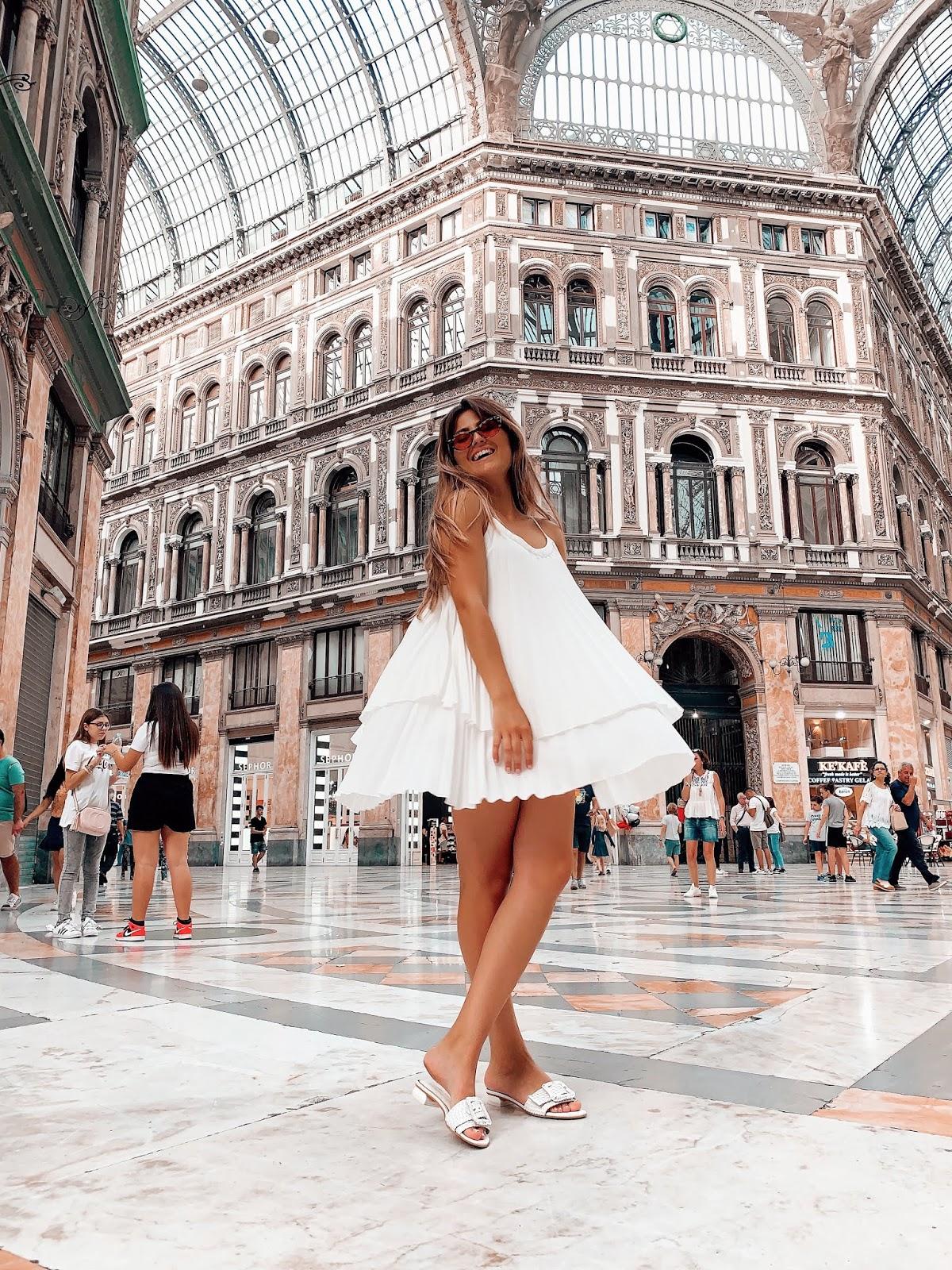 Uma aventura por Nápoles