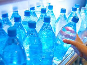Cómo beber más agua fácilmente cuando parece una tarea importante