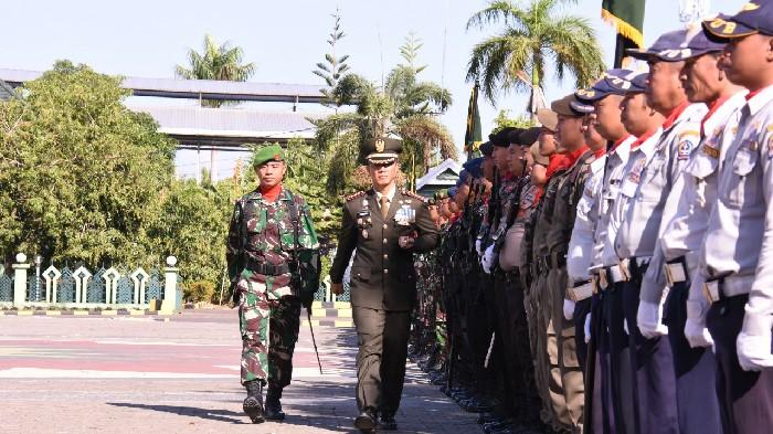 Danrem 141 Toddopuli Irup Upacara HUT ke-74 TNI
