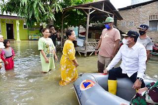 Gubsu Tinjau Banjir Sergai