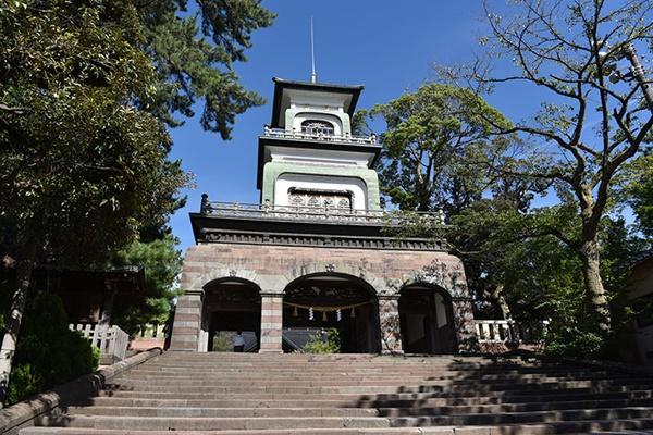 ศาลเจ้าโอยามะ (Oyama Shrine)