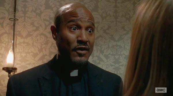 Father Gabriel en The Walking Dead 5x14 - Spend