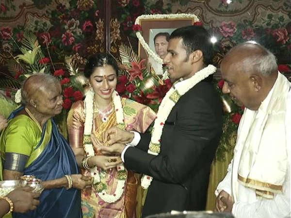 Nikhil Kumaraswamy with old engagement