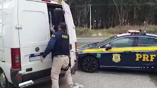 Ação integrada da PC e PRF prende três foragidos de Catolé do Rocha integrantes de grupo de extermínio