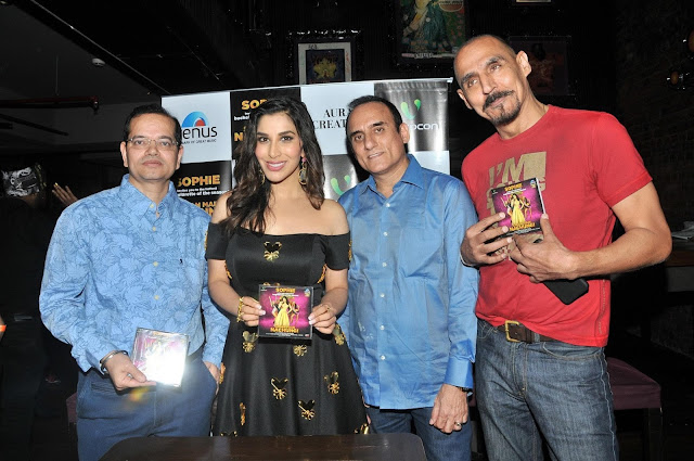 Champak Jain with Sophie Choudry Ajay Arora and Lovel Arora