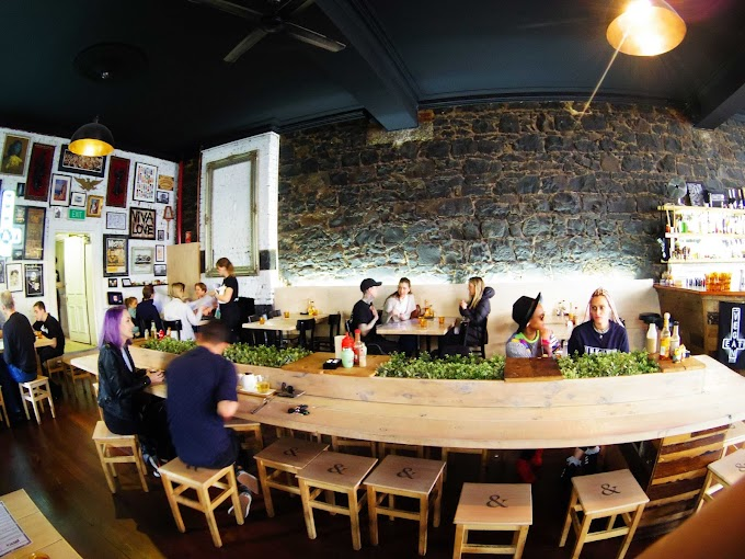 Smith & Daughters - Cafe Review - Brunswick St