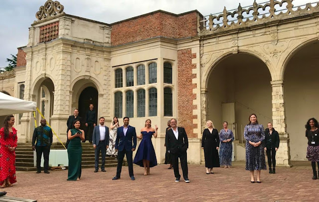 The cast and crew from Opera Holland Park's concert on 25 July 2020 (Photo Kathy Lette)