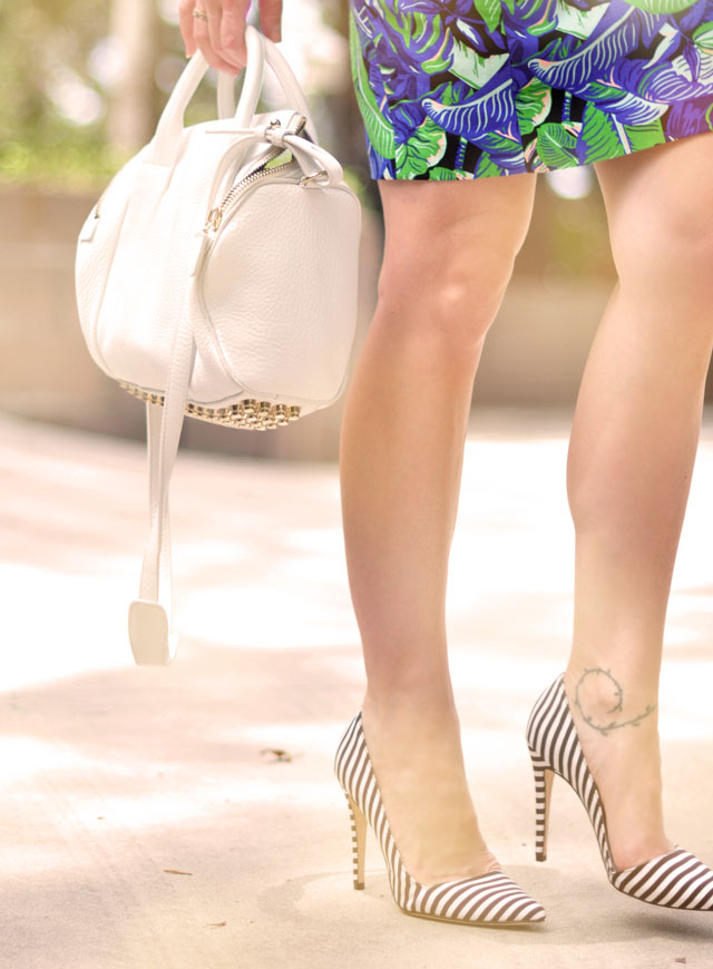 striped pumps, white leather Alexander Wang bag
