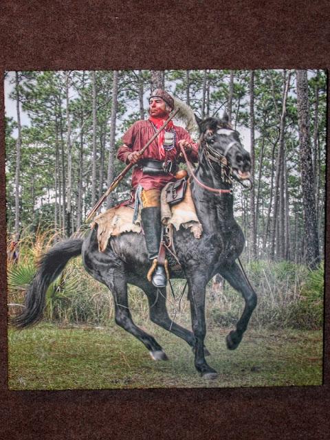 Pintura de un guerrero Seminole en el Dade Battlefield