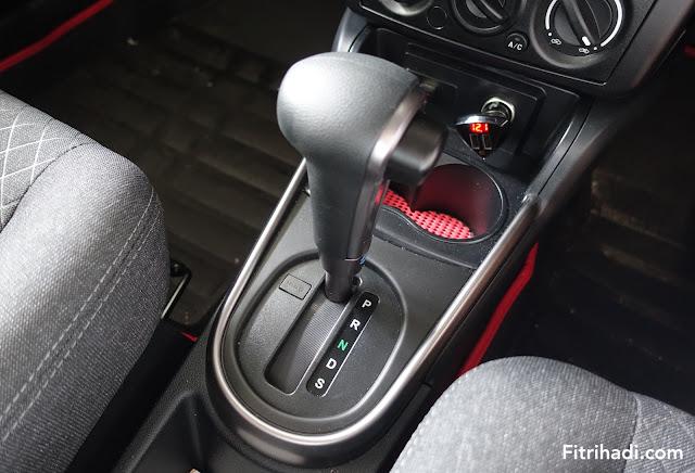 (Tips) Cara Penggunaan Gear Kereta Auto Yang Betul