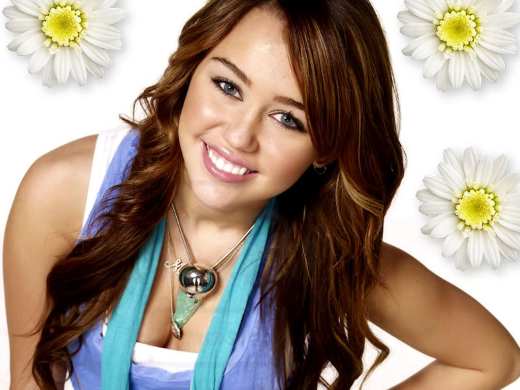 Miley Cyrus Backgrounds | Miley Cyrus Wallpapers