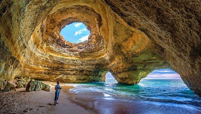 Algarve cave, portugal
