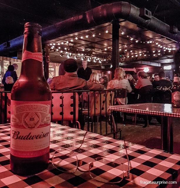 Nashville: Apresentação musical em The Station Inn, em The Gulch