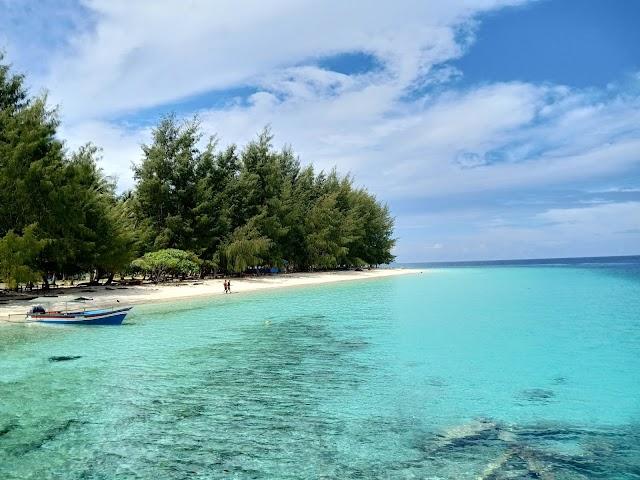 5 Kegiatan Wisata Yang Patut Dilakukan di Kepulauan Padaido