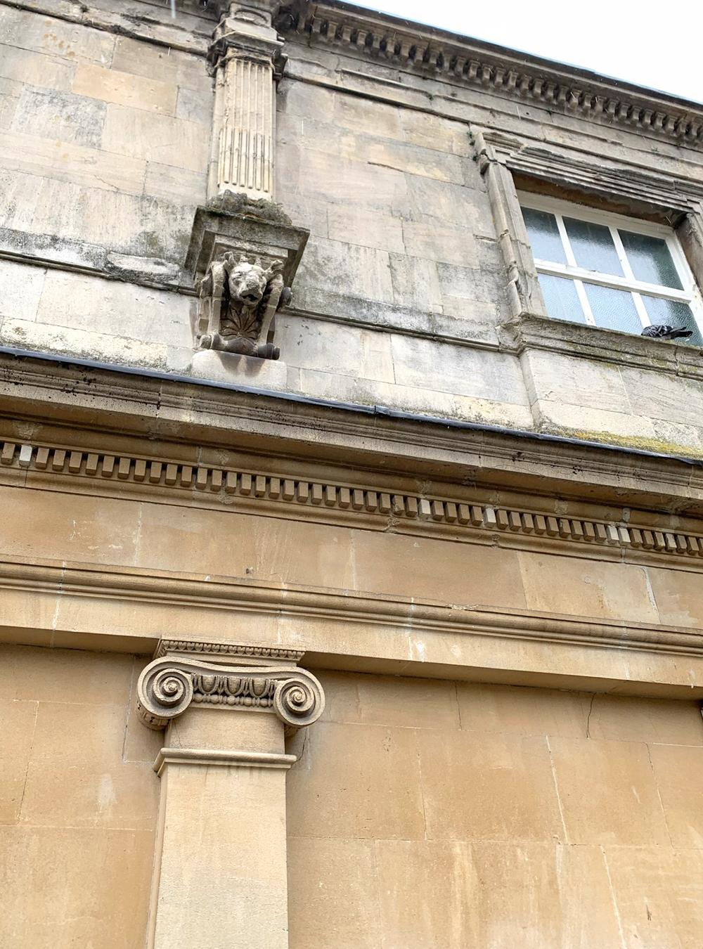 Roman architecture in Bath - Emma Louise Layla, UK travel & lifestyle blog