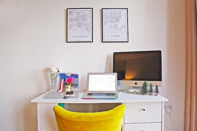 Travel themed home office
