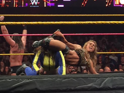 Modified scissor submission on Blue Pants from Carmella