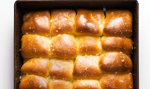 How to Make Parke House Rolls