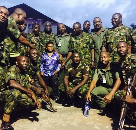 Osita Iheme 'Pawpaw', and excited Nigerian soldiers (photos)