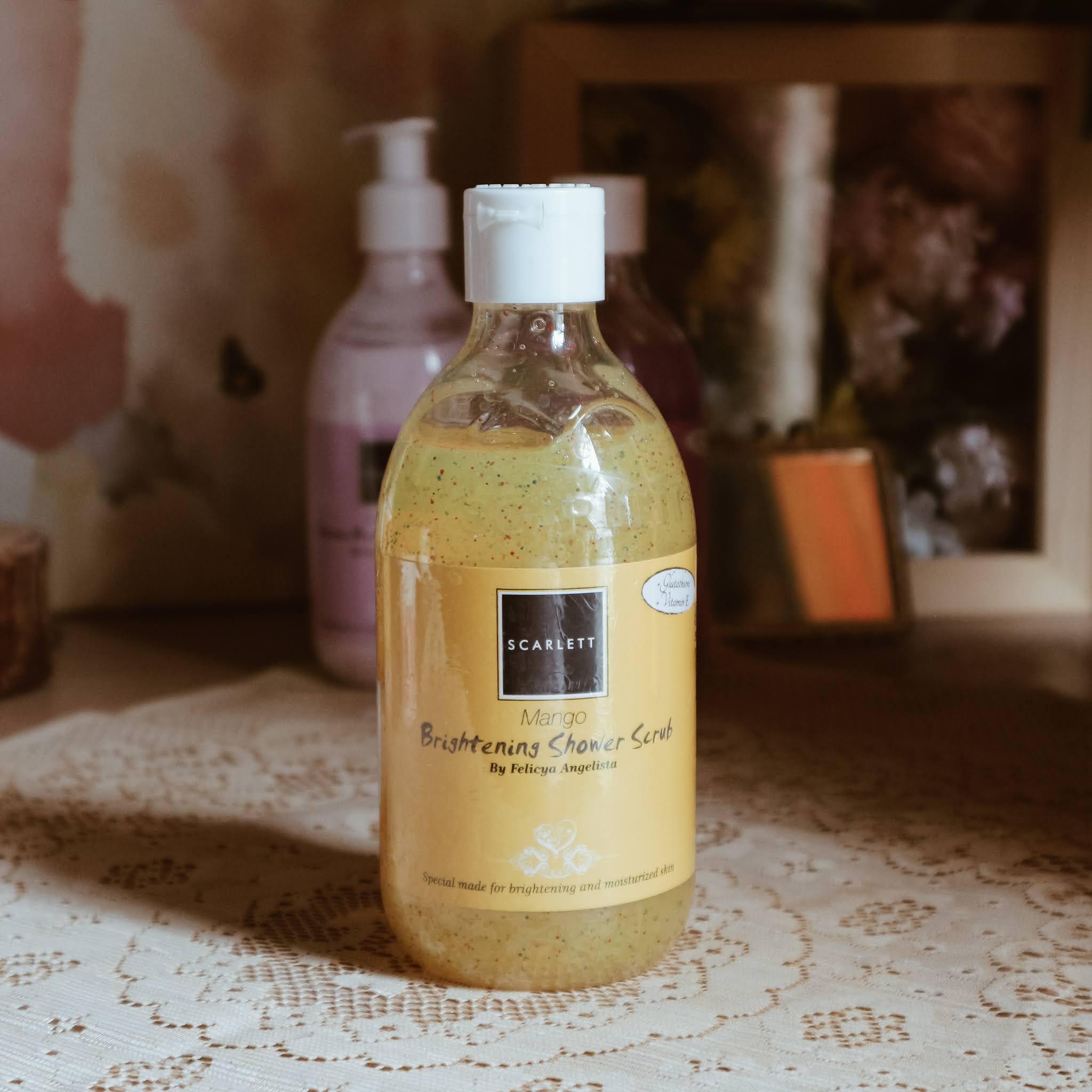 Review Scarlett Mango Brightening Shower Scrub