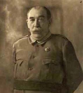 El Gral. Andrés Saliquet, presidente del Tribunal de represión de la Masonería y el Comunismo