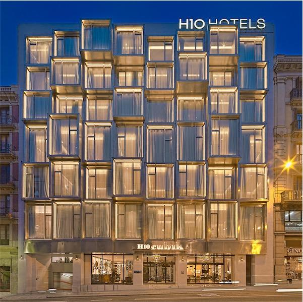 Cubik Hotel Barcelona fachada chicanddeco
