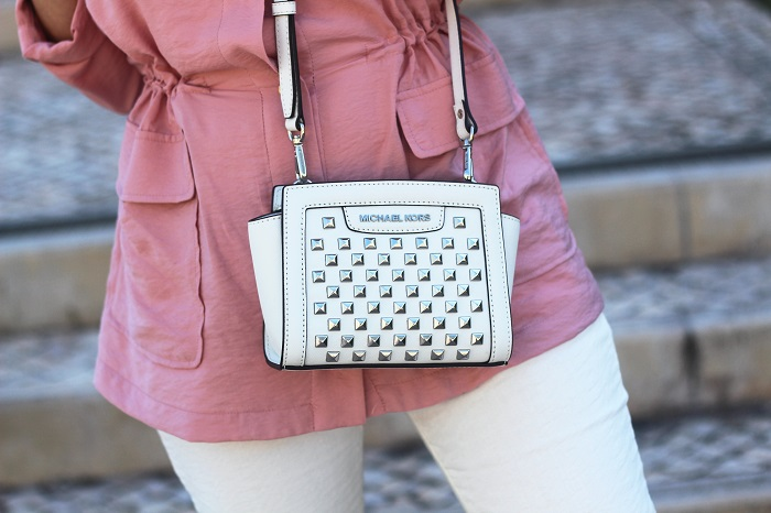 O Rosa Quartzo é a cor de 2016, segundo a Pantone. Um tom feminino e delicado... Look do dia/Outfit. Primavera/Verão 2016. Michael Kors bag. Dicas de Moda. Style Statement. Blog de moda portugal