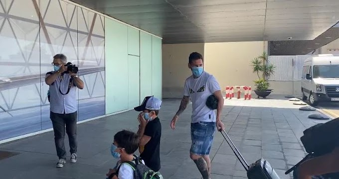 Checkout Photos of Messi and Suarez's families leaving together for Ibiza vacation