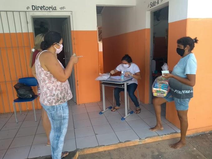 SÃO JOSÉ DOS RAMOS: Secretaria de Educação faz entrega do segundo Kits Merenda Escolar para alunos da rede municipal de ensino.