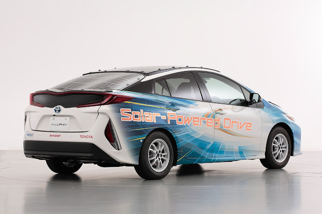 Toyota desenvolve carro elétrico que funcionará para sempre sem conectá-lo