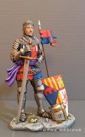 statuette personalizzate su commissione modellino cavaliere medievale rievocazione storica milano orme magiche
