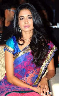 Sarah-Jane Dias Family Husband Son Daughter Father Mother Marriage Photos Biography Profile.
