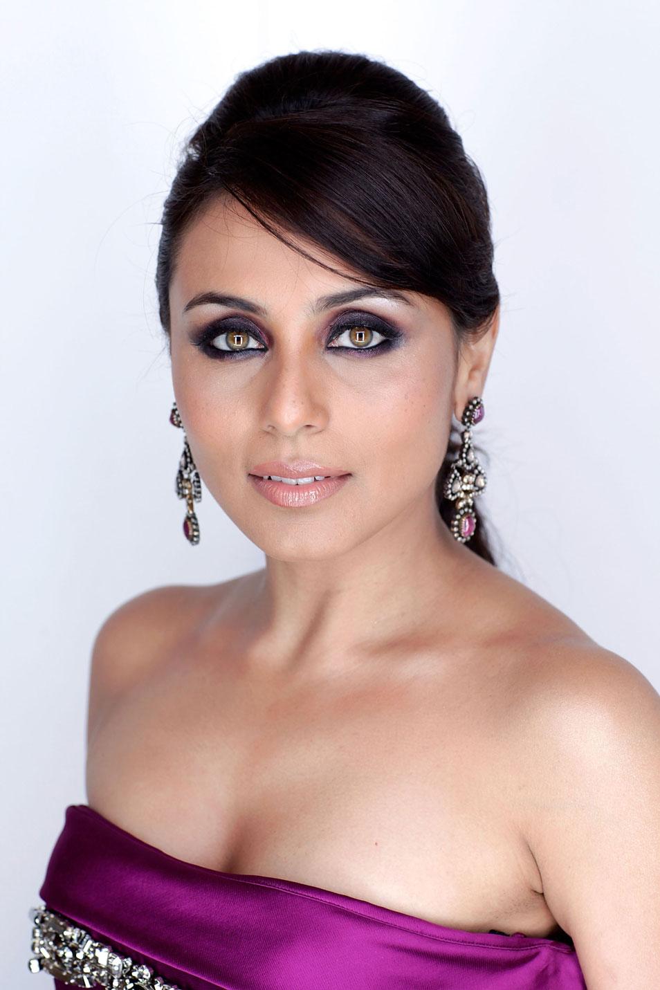 Rani Mukherjee Nude Pics