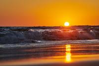 Beach Sunset - Photo by Wolfgang Hasselmann on Unsplash