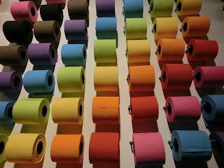 Papel higiénico de colores