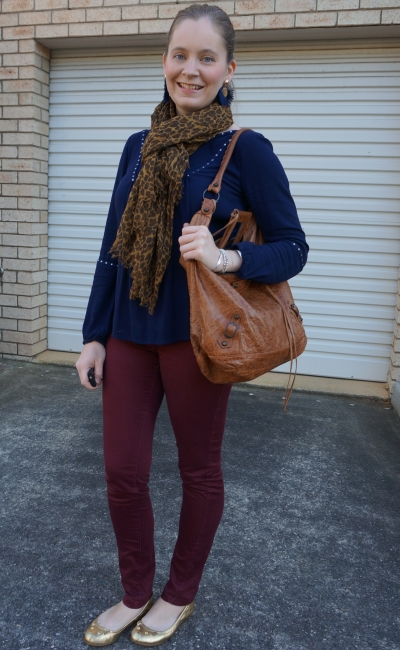 autumn coloured skinny jeans burgundy navy and leopard print scarf outfit | awayfromblue