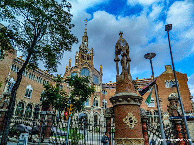 Fachada principal do Hospital Sant Pau, Barcelona