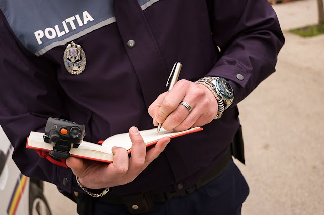 politist amenda - info drumul taberei