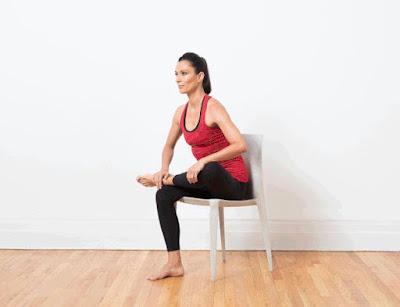 Tư thế Yoga Bồ câu- với ghế
