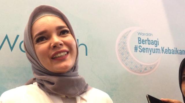 Keseruan Dewi Sandra Perankan Tokoh Tante Dewi di Film Nussa