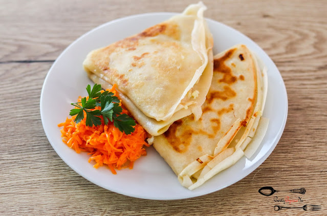 dania obiadowe,przekąski,śniadania,naleśniki ruskie,naleśniki z farszem ziemniaczanym,farsz do pierogów ruskich,naleśniki zamiast pierogów,