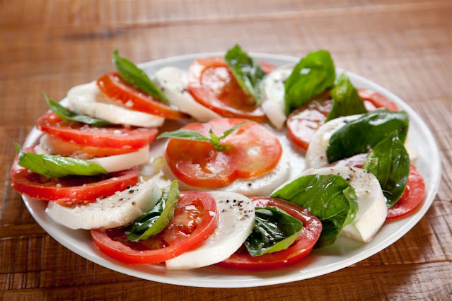 Caprese Salad with Pesto Sauce Recipe