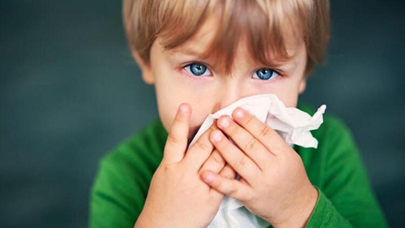 Çocuklarda belirtileri Covid-19 ile karışan kış hastalıklarına dikkat!