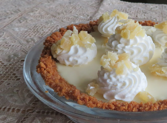 Creamy Lemon Pie for Two