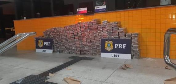 Em Canapi, PRF apreende mais de meia tonelada de cocaína na BR-423