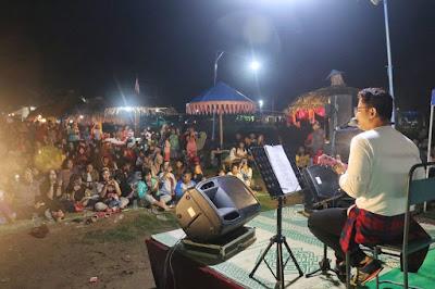 "Bupati Trenggalek ""Ngamen"" di Desa Widoro Gandusari, Galang Dana untuk Bhakti Bumi"