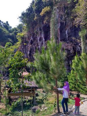 Desa Wisata Cibuntu Mandirancan Kuningan