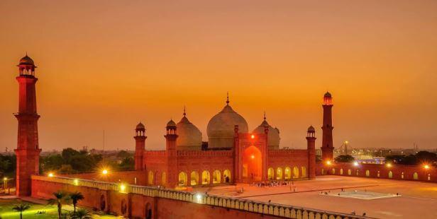 دليل شامل للهجرة  إلى باكستان : كل المعلومات المطلوبة