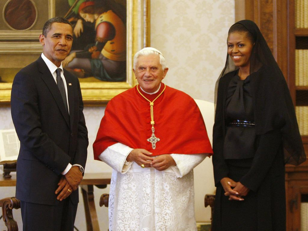 piedoso uso do véu na Igreja católica