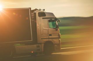 Desi Jett Truck Driving School   MR Truck License Sydney